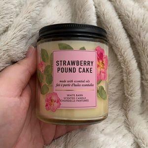 Strawberry Pound Cake Bath and Body Works Candle